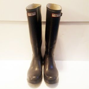 55f40253eb Hunter. Hunter | Black/Gray Tall Rubber Wellie Rain Boots